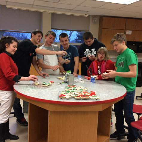 Best Buddies and Journalism 2 bake up Christmas cheer