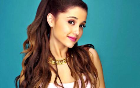 "Ariana Grande ""Breaks Free"" in Pittsburgh"