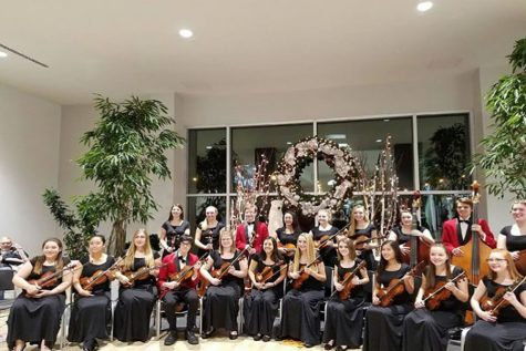 NH Chamber orchestra performs holiday concert at the Block