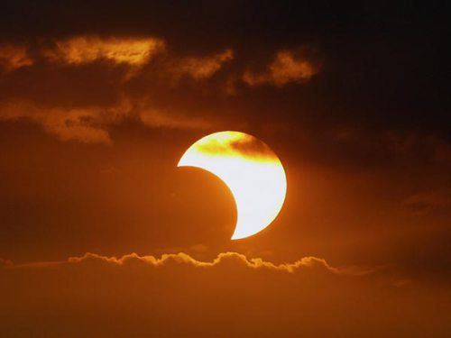 North Hills Astronomy Club invites the community to join them for viewing of solar eclipse